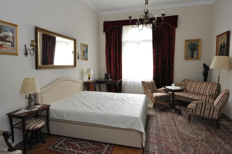 Inner City Apartment Zagreb, Ferienwohnung in Krapina-Zagorje County