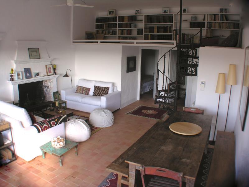 Casa Wisteria