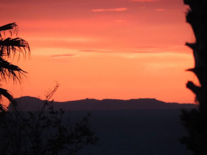 ...... e per ammirare uno dei nostri spettacolari tramonti!!!!!!