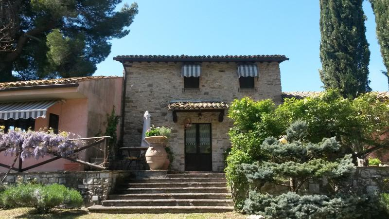Casale Marta pace natura gioia, holiday rental in Pale