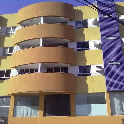PONTA NEGRA BEACH 2 BEDROOM FLAT JUST BEHIND PRAIA SHOPPING.  FEW MINUTES FROM THE BEACH