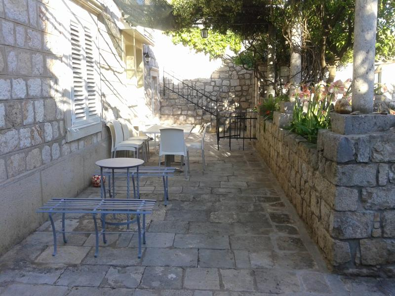 Klavir terrace and seating area