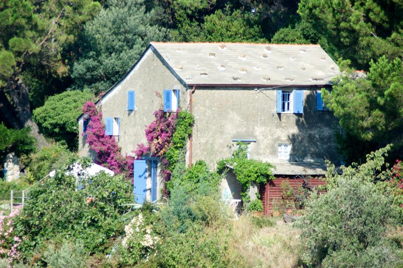 Maison de Charme, 18th century country house, vacation rental in Framura