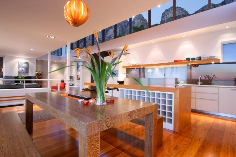 Open plan dining/living/kitchen