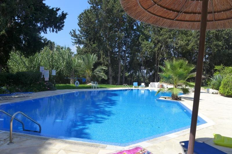 Paradise Gardens IV, vacation rental in Paphos