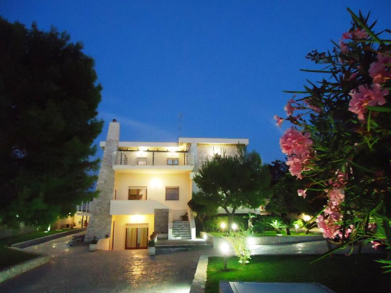 Villa Dafne Bed & Breakfast, holiday rental in Carbonara di Bari