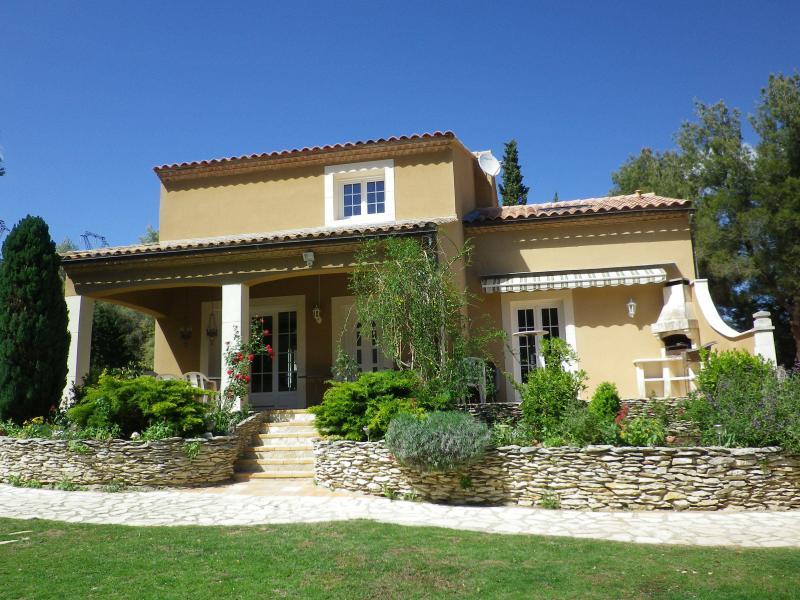 Large villa for 15 person