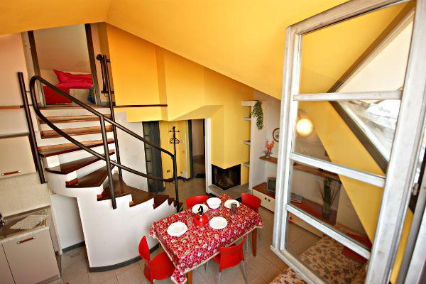 Cortile Medievale A1, casa vacanza a Lunecco