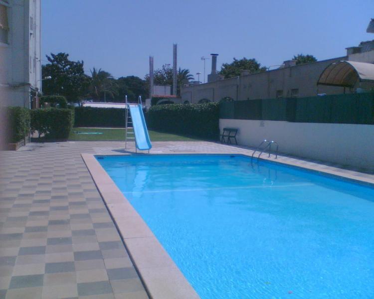 Piscina pequeña / Small pool.