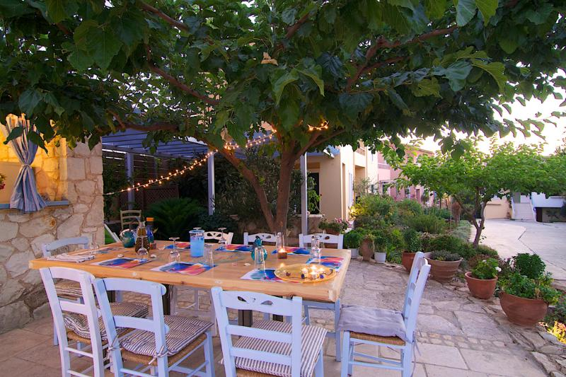 Enjoy your meal in our garden!