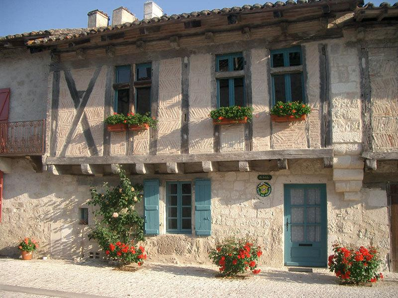 Les Hortalis Montjoi, vacation rental in Beauville