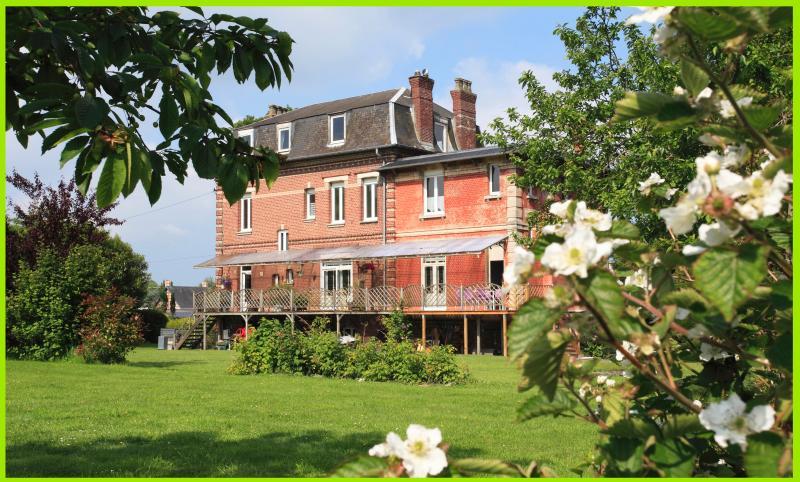 gite la terrasse, holiday rental in Rambures