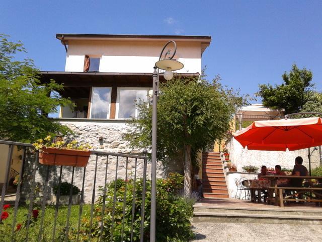 Room Riomaggiore, location de vacances à Calice al Cornoviglio