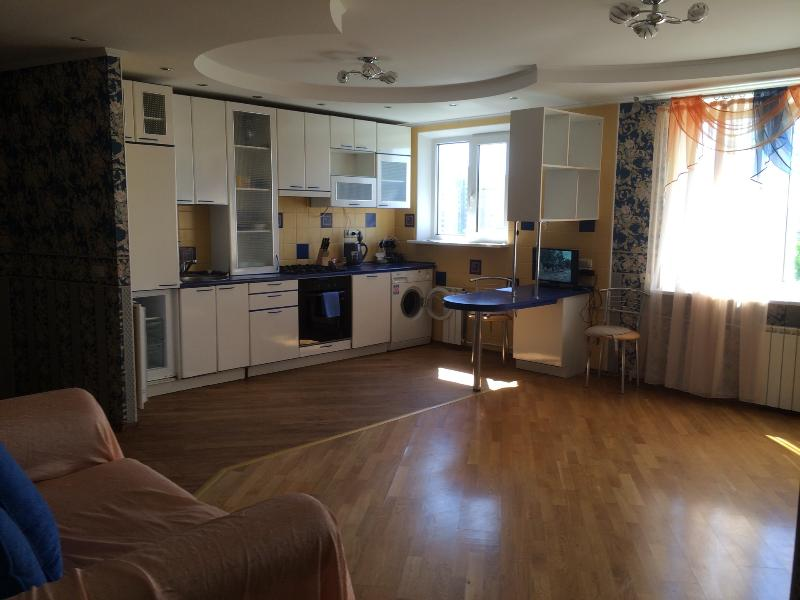 High apartment 9 floor, holiday rental in Urals District