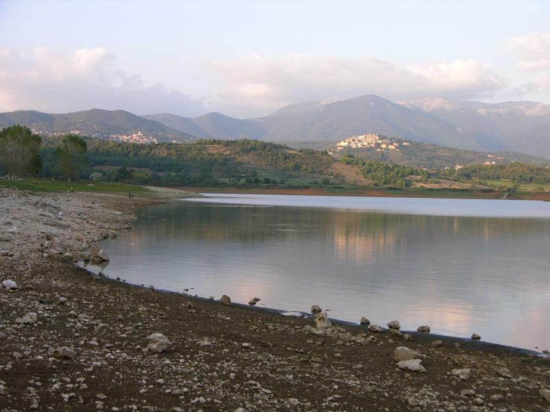 Lago Canterno - 10 minute drive away
