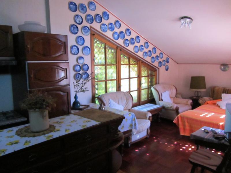 casa di campagna in collina, location de vacances à Papigno