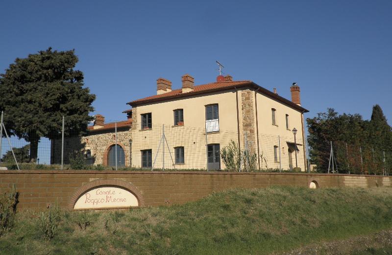 Casale Poggio Meone, holiday rental in Orciano Pisano