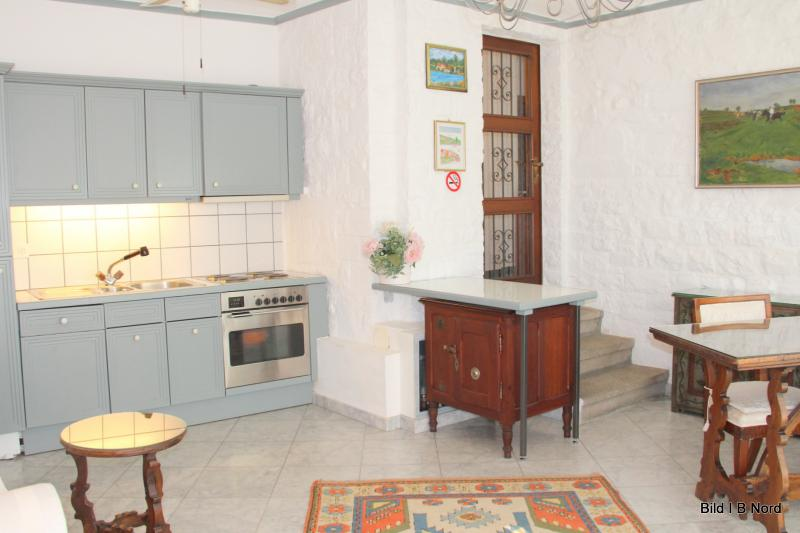 'Bulthaup'-kitchen with dishwasher and washer