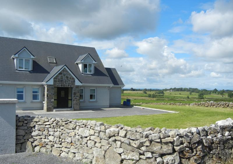 Marys Place - Bungalows for Rent in Tuam, County Galway