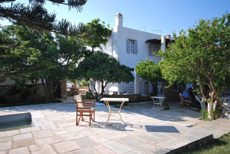 A beautiful farmhouse just 3 min on foot from the beach.