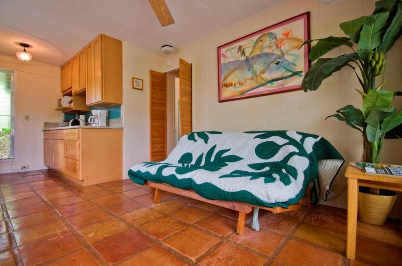 Sheffield Suite Walk to Kailua Beach or Town, holiday rental in Kailua
