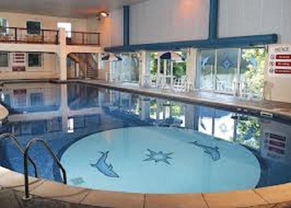 penstowe heated indoor pool on site (extra charge by penstowe manor )