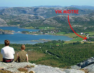 The vacation house is situated on the farm Vik Midtre by the Vik Fjord, west in Nord -Trøndelag.