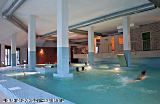 APARTAMENTO EN PLAYA CATEDRALES CON SPA, holiday rental in Reinante