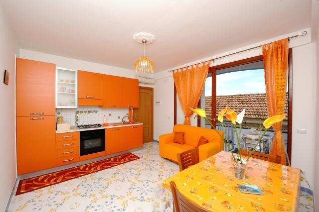 Casa giaggiolo arancio, vacation rental in Conca dei Marini