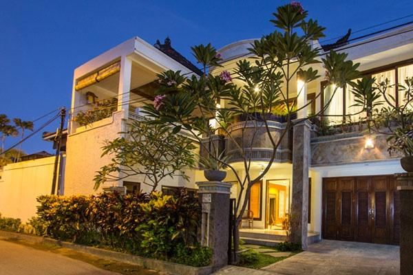 Villa Indah Lagi - Walk to beach, cafes and spas!, location de vacances à Sanur