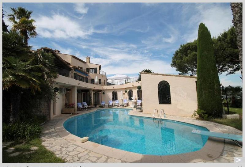 Film star villa overlooking the bay of Cannes