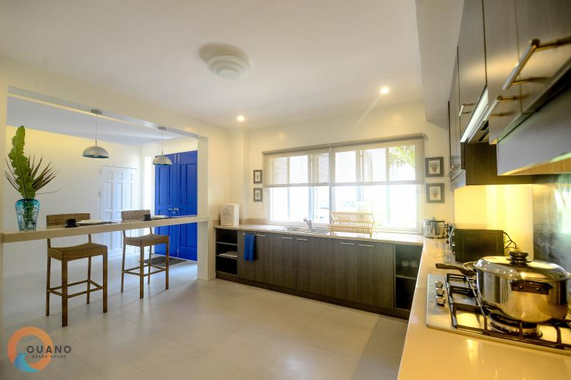 Ouano Beach House Updated 2018 4 Bedroom Al In Lapu With Private Outdoor Pool Unheated And Yard Tripadvisor
