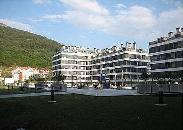 Plaza de la urbanización.