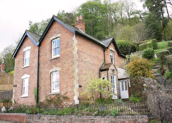 Ivy Cottage - Malvern Holiday Cottage, holiday rental in Cradley