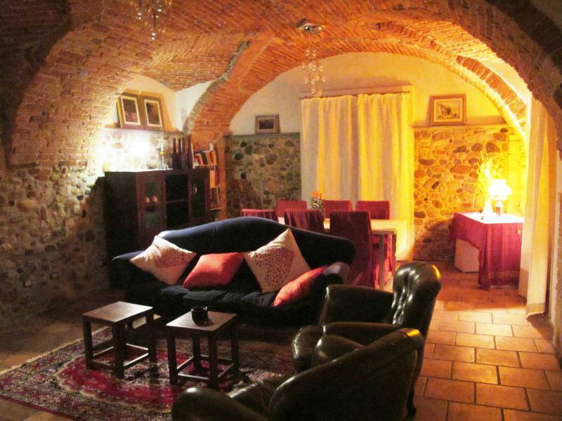 casale borgo pretti, vakantiewoning in Rocca Ciglie