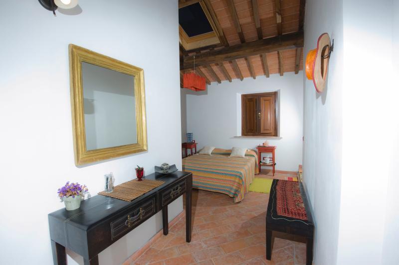 La Locanda di Via della Ralla - Etno con cucina, location de vacances à Chiesina Uzzanese