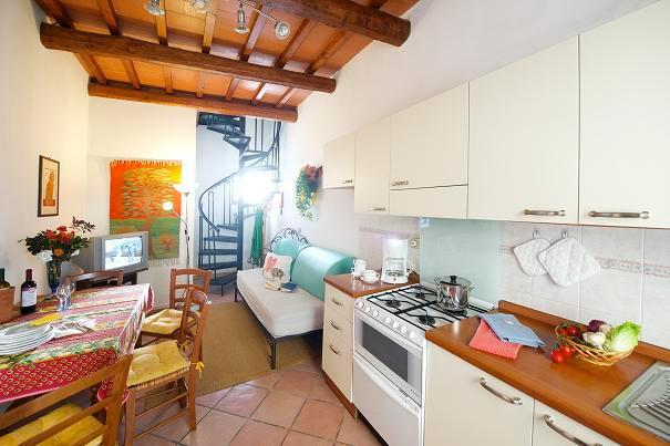 Chiocciola apartment - the kitchen