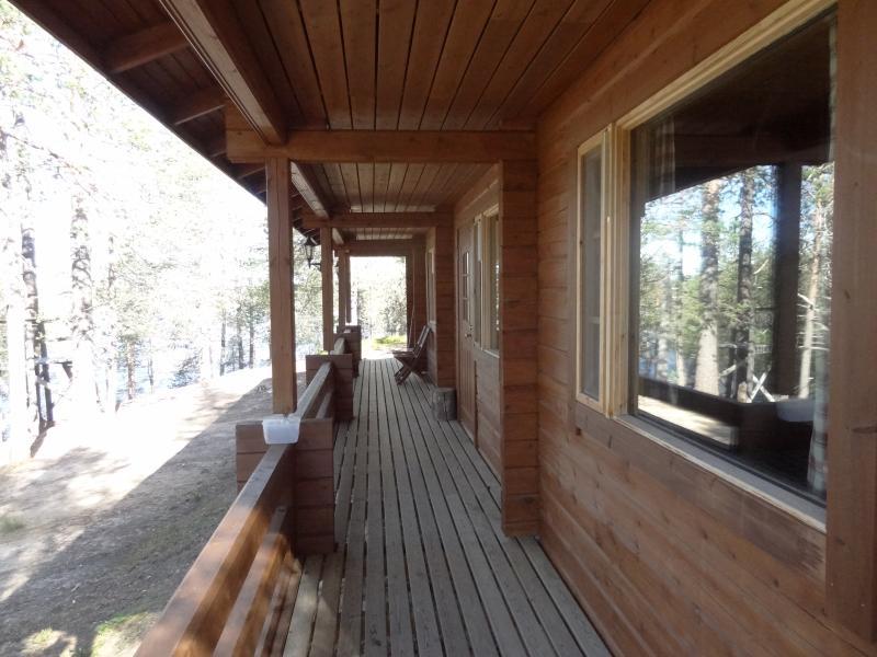 Pikku Kuulea wilderness cottage in Posio, holiday rental in Anetjarvi