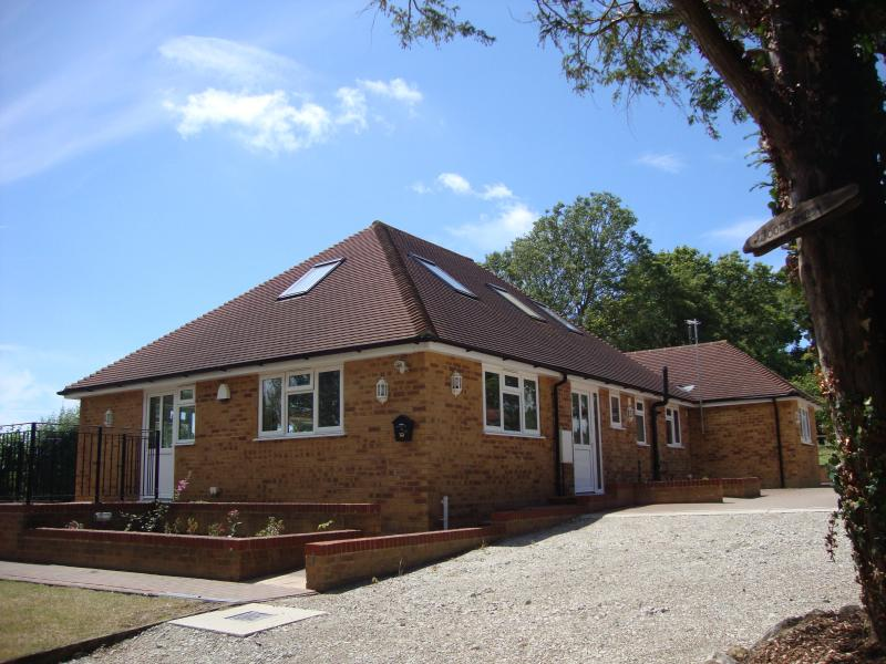 Countryside holiday home located south of Ashford, Kent, holiday rental in Kingsnorth