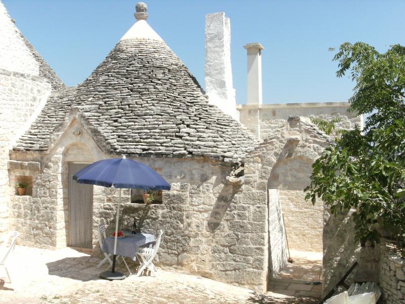 The Dairy Trullo, Ianella, San Marco, vacation rental in Locorotondo