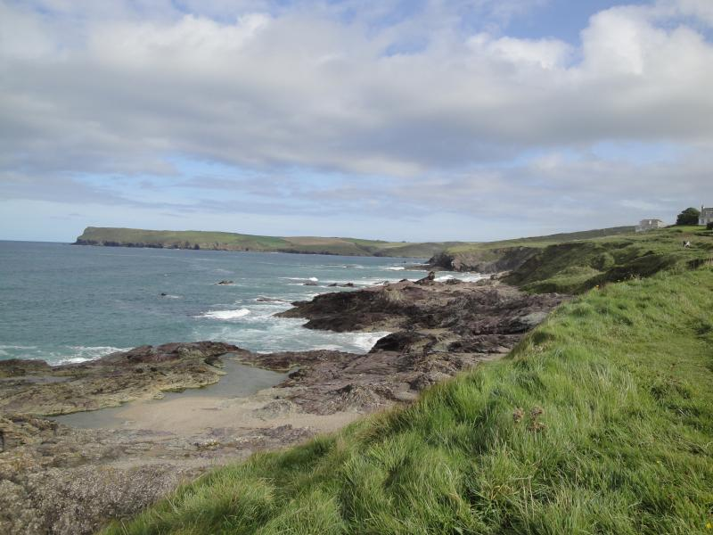 South West Coastal Path from Daymer Bay to Polzeath - lovely easy walk.
