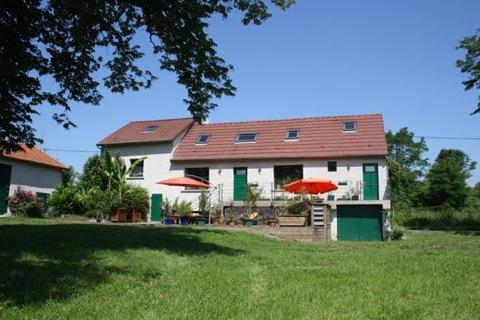 GITE DE L'ANDOUETTE, holiday rental in Brugheas