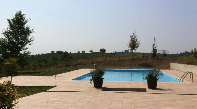 pool/swimming pool