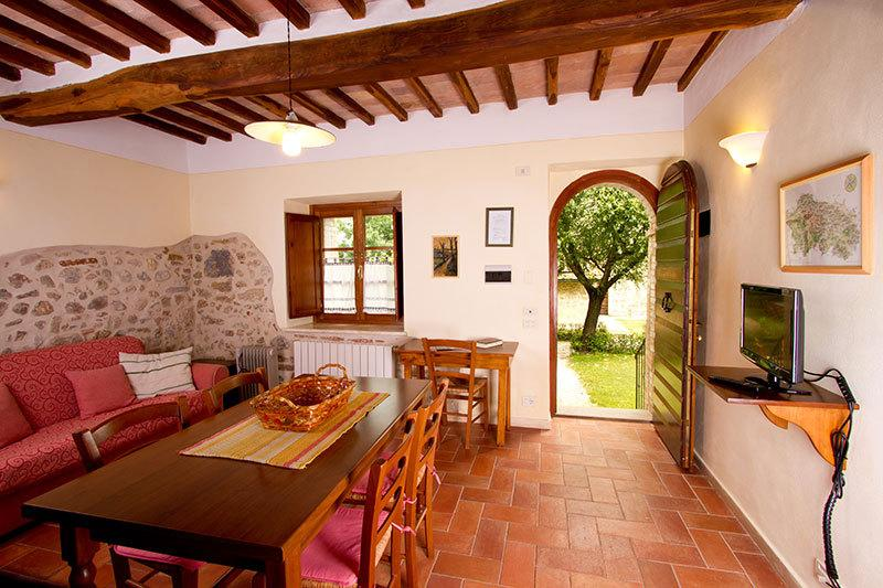 BORGO AL CERRO apt. 6 MASSA MARITTIMA, vacation rental in Casole d'Elsa