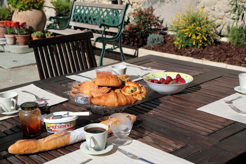 Breakfast in the morning sun
