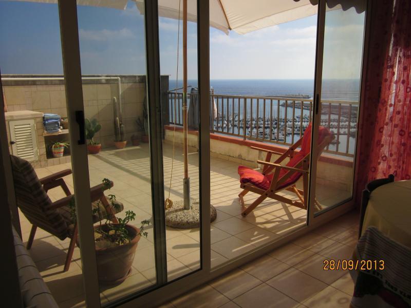 Appartamento panoramico con vista sul mare – semesterbostad i Sciacca