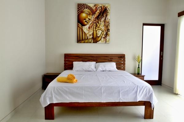 Budha bedroom with private bathroom, AC and king size bed