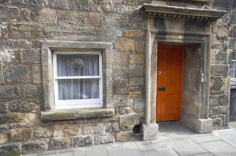 Three bedroom apartment in the heart of historic St. Andrews, ten minutes walk to the Old Course