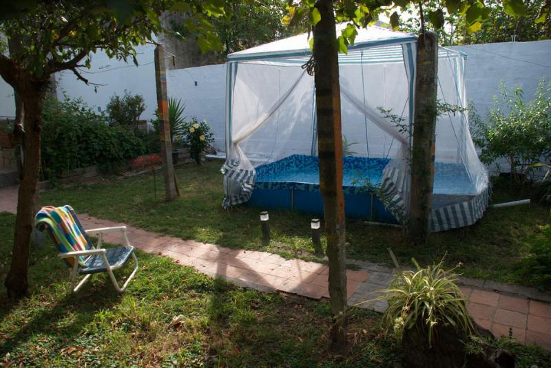 Nuestro Jardin / Our Garden
