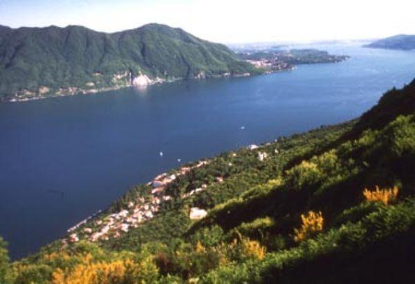 Casa Vacanza Lago Maggiore Premeno VB, vacation rental in Bee